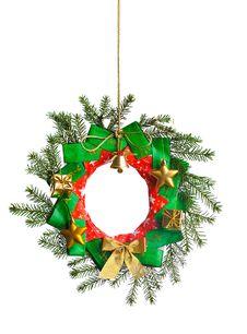 Free Christmas Wreath Royalty Free Stock Photo - 22667035