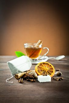 Free Aromatic Spices And Tea Bag Royalty Free Stock Photography - 22669227