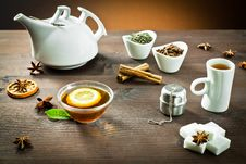 Free Hot Tea And Spice Aromas Stock Photography - 22670272