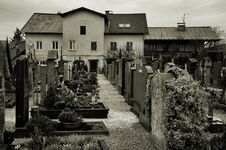 Free Salzburg Graveyard Royalty Free Stock Images - 22674789