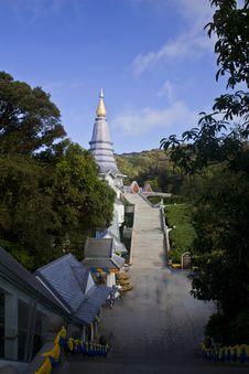 Free Stupa Royalty Free Stock Photo - 22681825