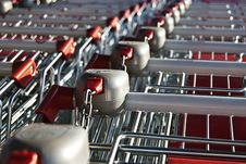 Free Shopping Carts In A Row Royalty Free Stock Images - 22693569