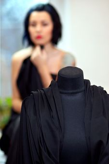 Free Mannequin Wrapped With Black Cloth Royalty Free Stock Photo - 22696875