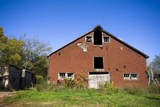 Free Old Abandoned Barn Stock Photo - 2270140
