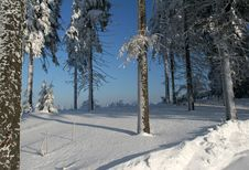 Free Snow And Sky Stock Image - 2274621