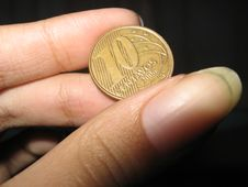 Free Brazilian Coin In A Hand Stock Images - 2276974