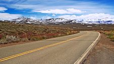 Free Road And Mountains Stock Photo - 22701620