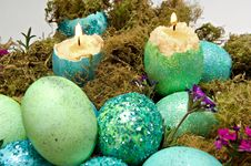 Free Colorful Eggshell Candles Royalty Free Stock Image - 22721106