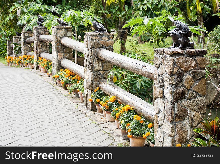 Bridge with frogs