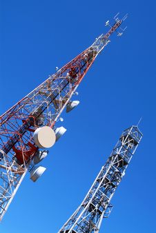 Free Telecommunication Towers Stock Image - 22737791
