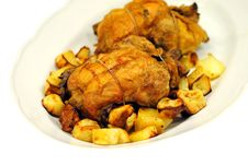 Grilled Chicken With Roasted Potatoes Royalty Free Stock Images
