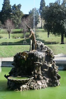 Free Fountain Of Stone Stock Image - 22762311