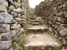 Free Inca Trail Between Stone Walls Royalty Free Stock Photos - 22775728