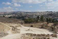 Free Oval Plaza In Jerash, Jordan Royalty Free Stock Image - 22787436