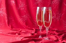 Free Two Glasses Of Champagne Stock Image - 22788211