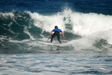 Free Surfer On A Ripper Wave Stock Photos - 2286363
