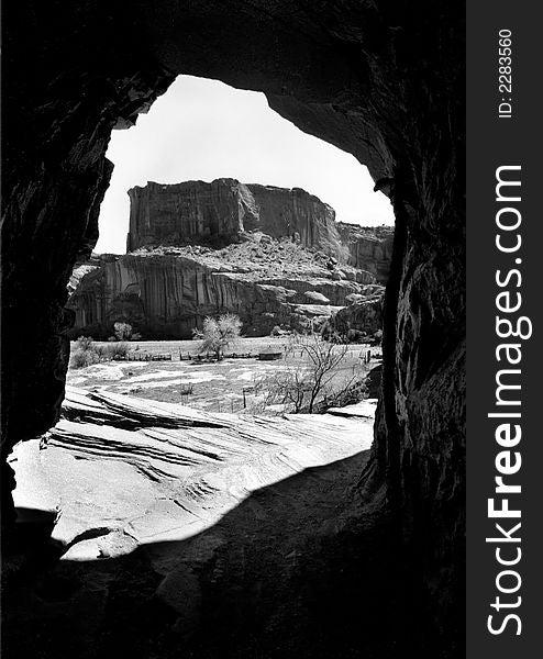 Canyon de Chelly s Cave