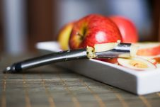 Free Apple Corer And Divider Royalty Free Stock Photography - 22819507