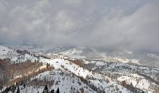 Free Mountain Peak Winter Royalty Free Stock Image - 22835146