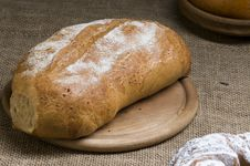 Free Loaf Of Bread Royalty Free Stock Photography - 22854377