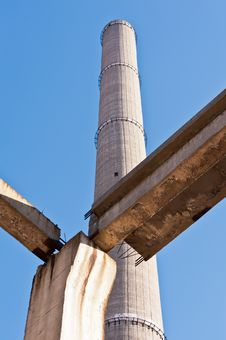 Free Tower Of An Industrial In Degradation Royalty Free Stock Image - 22858156