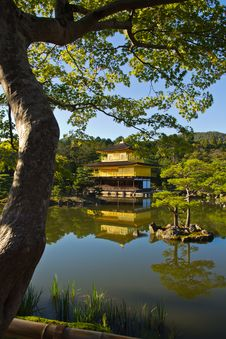 Free Golden Pavilion Royalty Free Stock Photos - 22865528