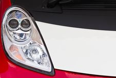 Free Red Car Headlight Royalty Free Stock Photos - 22871848
