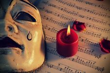 Free Pierrot Mask And Candle Royalty Free Stock Photography - 22874207