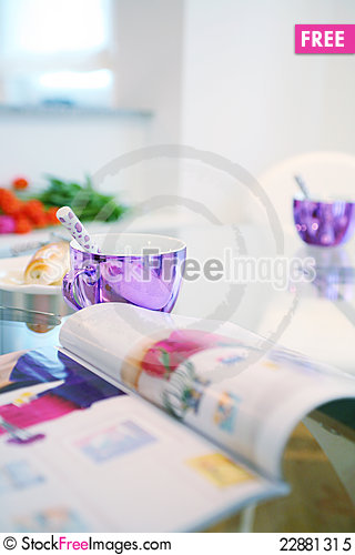Free Dining Table Royalty Free Stock Photo - 22881315