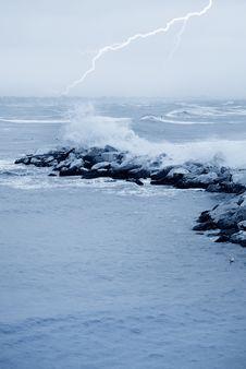 Free Dangerous Sea Stock Photo - 22882880