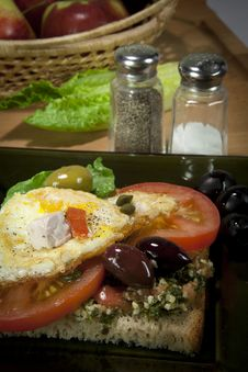 Free Simple Breakfast Sandwich Stock Photography - 22885612