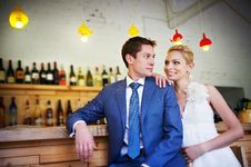 Free Bride And Groom Around The Bar Royalty Free Stock Images - 22887709