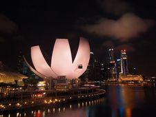 Free The Marina Bay Waterfront Royalty Free Stock Photos - 22891658