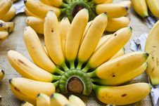 Free Bananas Royalty Free Stock Images - 22893179