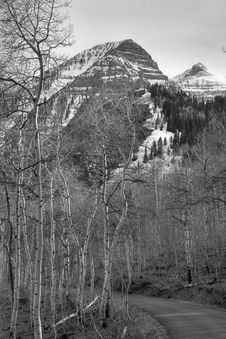 Free Black And White Mt Road 3 Stock Photography - 2293322