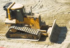 Free Bulldozer On Construction Site Royalty Free Stock Photography - 2294647