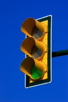 Free Green Traffic Light Stock Image - 2295051