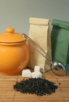 Free Aromatic Flower Tea Leaves Stock Image - 2298561