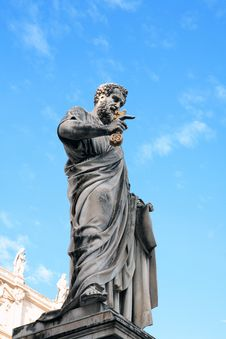 Free Statue Of Saint Peter,Vatican Royalty Free Stock Photo - 22907285