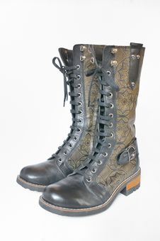 Free Leather Women S Boots Royalty Free Stock Images - 22910309