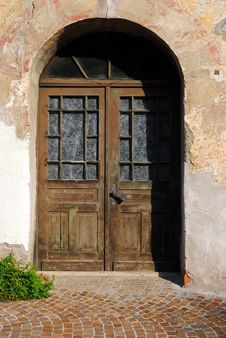 Free Old Door Made Of Wood Royalty Free Stock Photo - 22928955