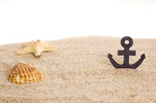 Free Toylike Anchor And Seashells Stock Image - 22929911