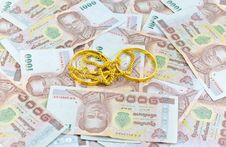 Free Gold And Money Stock Photography - 22952412