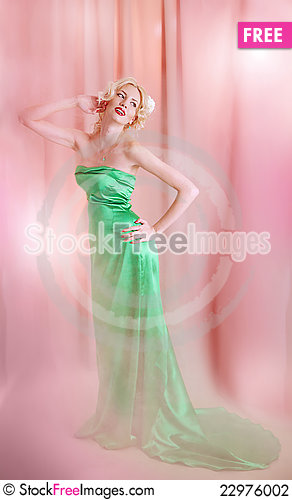Free Young Blond Lady Posing Stock Photography - 22976002