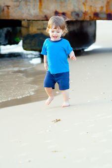 Free Little Beautiful Boy Royalty Free Stock Image - 22978966