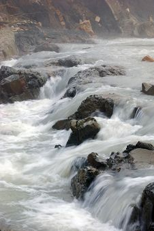 Free Rocks In The Stream Royalty Free Stock Image - 22995736