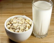 Free Glass Of Milk And Muesli Royalty Free Stock Photography - 22995827