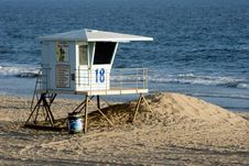 Free Lifeguard Tower Royalty Free Stock Images - 230889