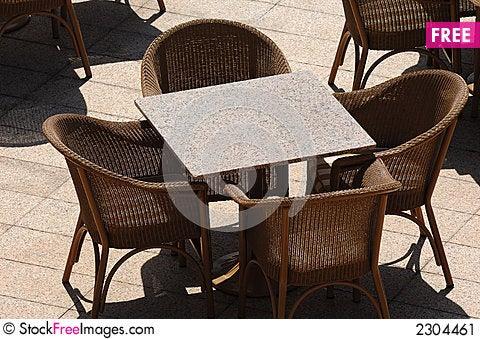 Free Empty Restaurant Table Stock Image - 2304461