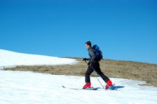 Free Young Skier Royalty Free Stock Photos - 2300268